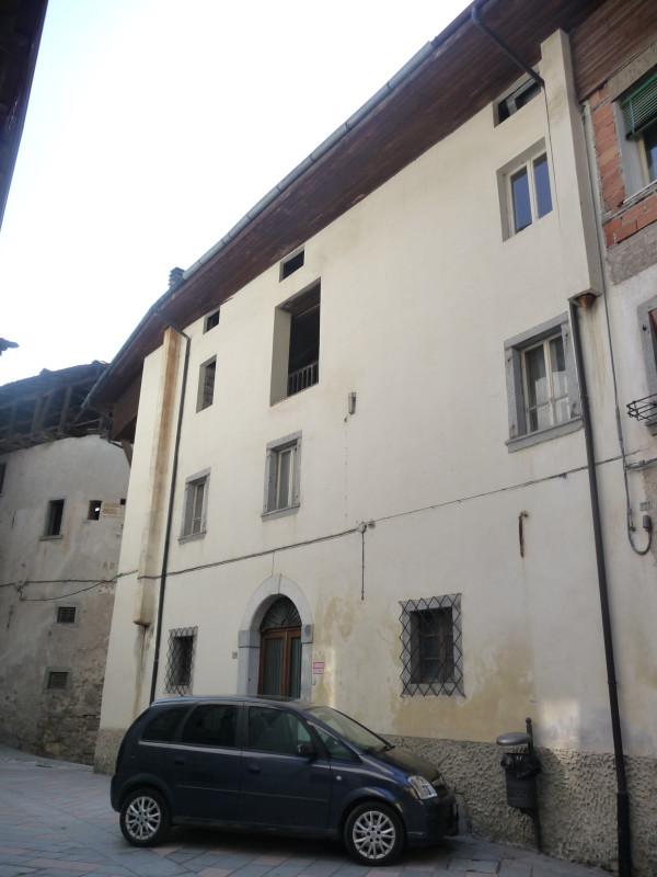 Casa cielo terra a cimego rv0025 agenzia immobiliare ph for Piani di casa con garage rv in allegato