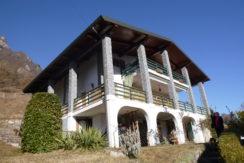 Casa indipendente a Idro località Tre Capitelli RV0108