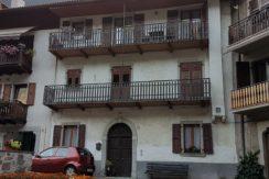 Appartamento a piano primo a Borgo Chiese (Condino) RV0122