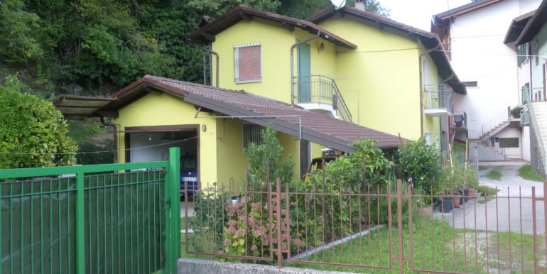 villetta con giardino a Ponte Caffaro RV0123
