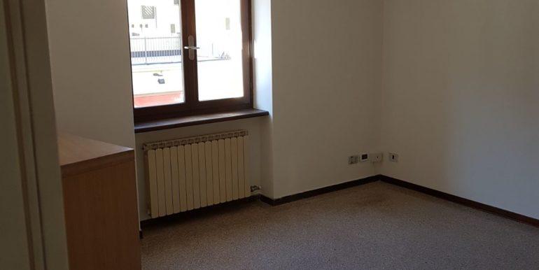 Ufficio a piano primo a Pieve di Bono in affitto AF010 ufficio 2