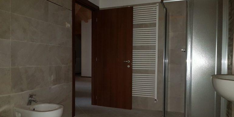 Appartamento a piano terzo in zona centrale a Storo AF0011