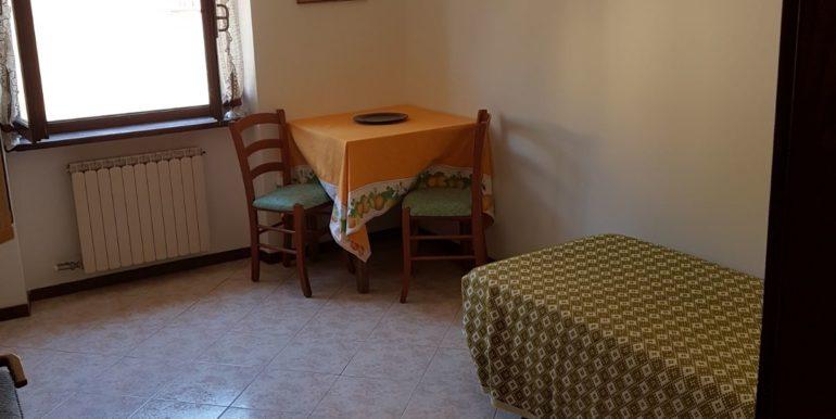 Appartamento a piano primo a Pieve di Bono in affitto AF009 saletta