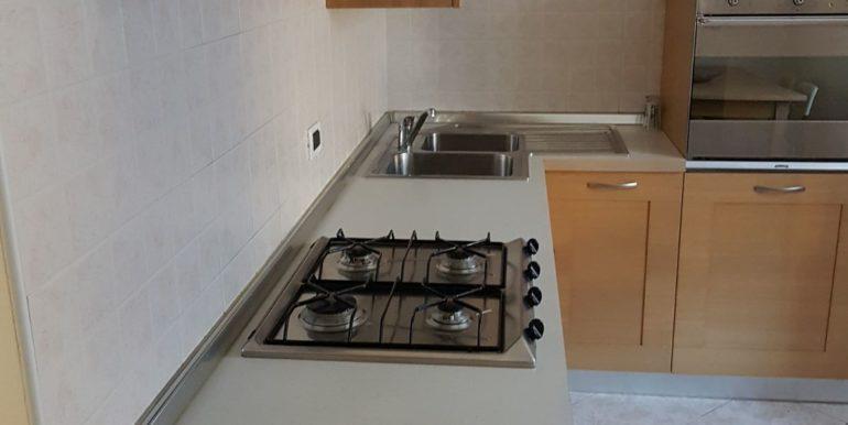 Appartamento a piano primo a Pieve di Bono in affitto AF009 cucina