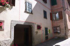 N.2 Appartamenti Piano Terra E Primo A Borgo Chiese (Condino) RV0140