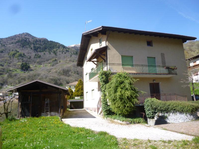 Casa indipendente a Bersone RV0144