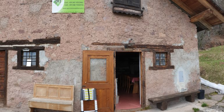 Mezza baita di montagna a Boniprati RV0152