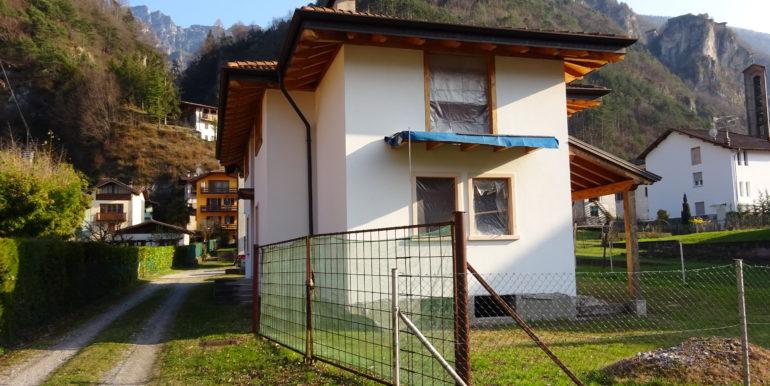 VILLA SINGOLA AL GREZZO A BAITONI RV0149